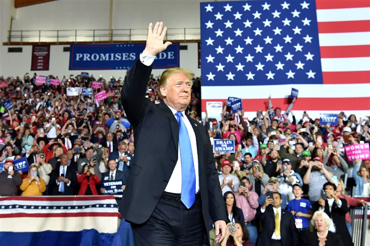 181016-donald-trump-rally-ew-1040a_298468d2e876b8fb30b4b07b8131d019.fit-760w